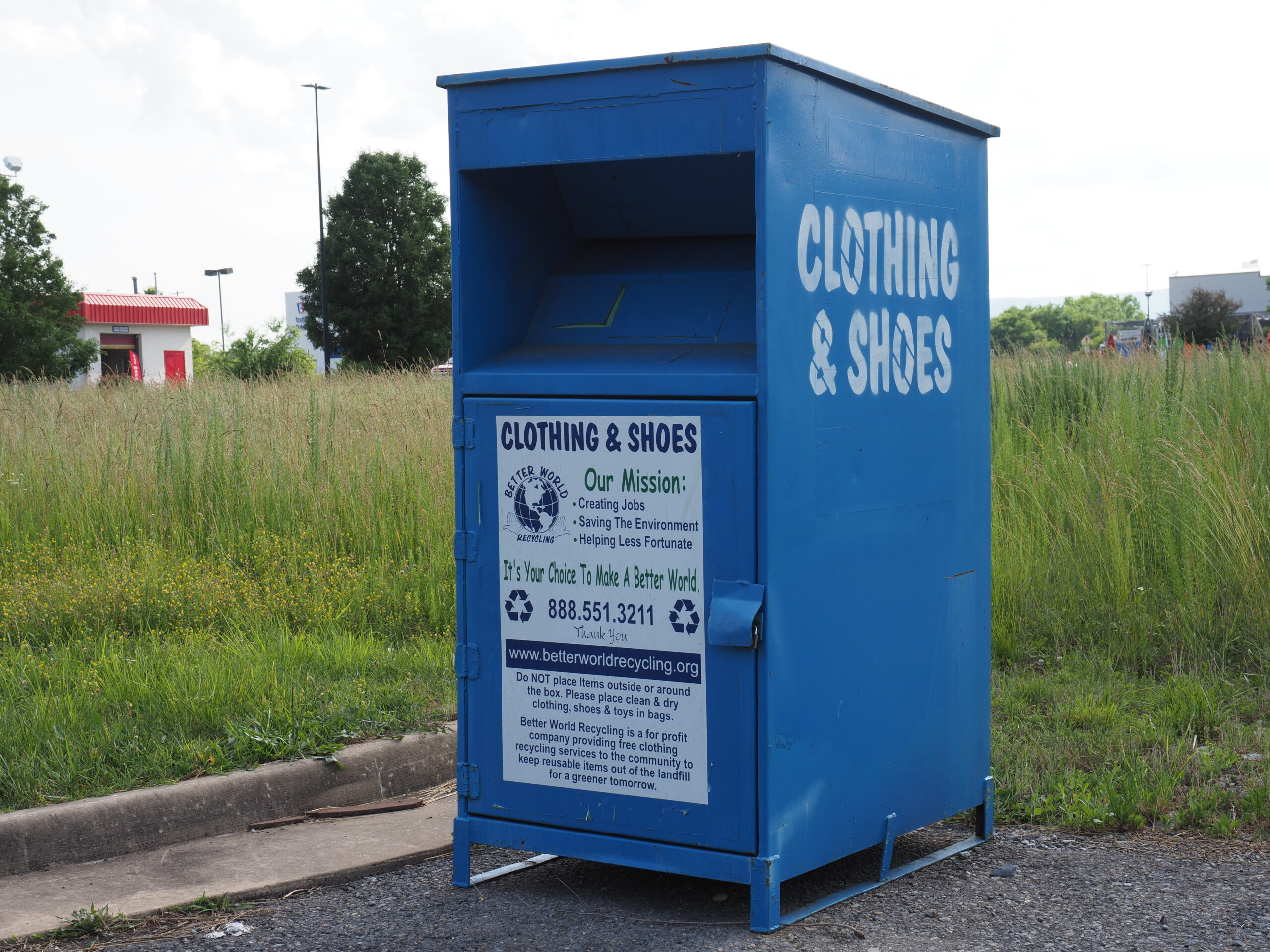 Luray,,Usa,-,June,6,,2019:,A,Container,For,Recycling